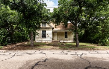 Magnolia Fixer Home in Waco