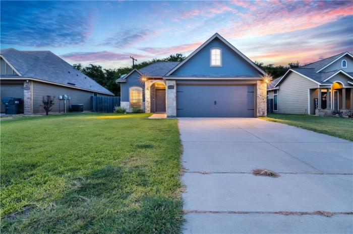Waco Home For Sale by Magnolia Realty in China Spring Neighborhood