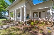Magnolia Realty McGregor Home For Sale $289k